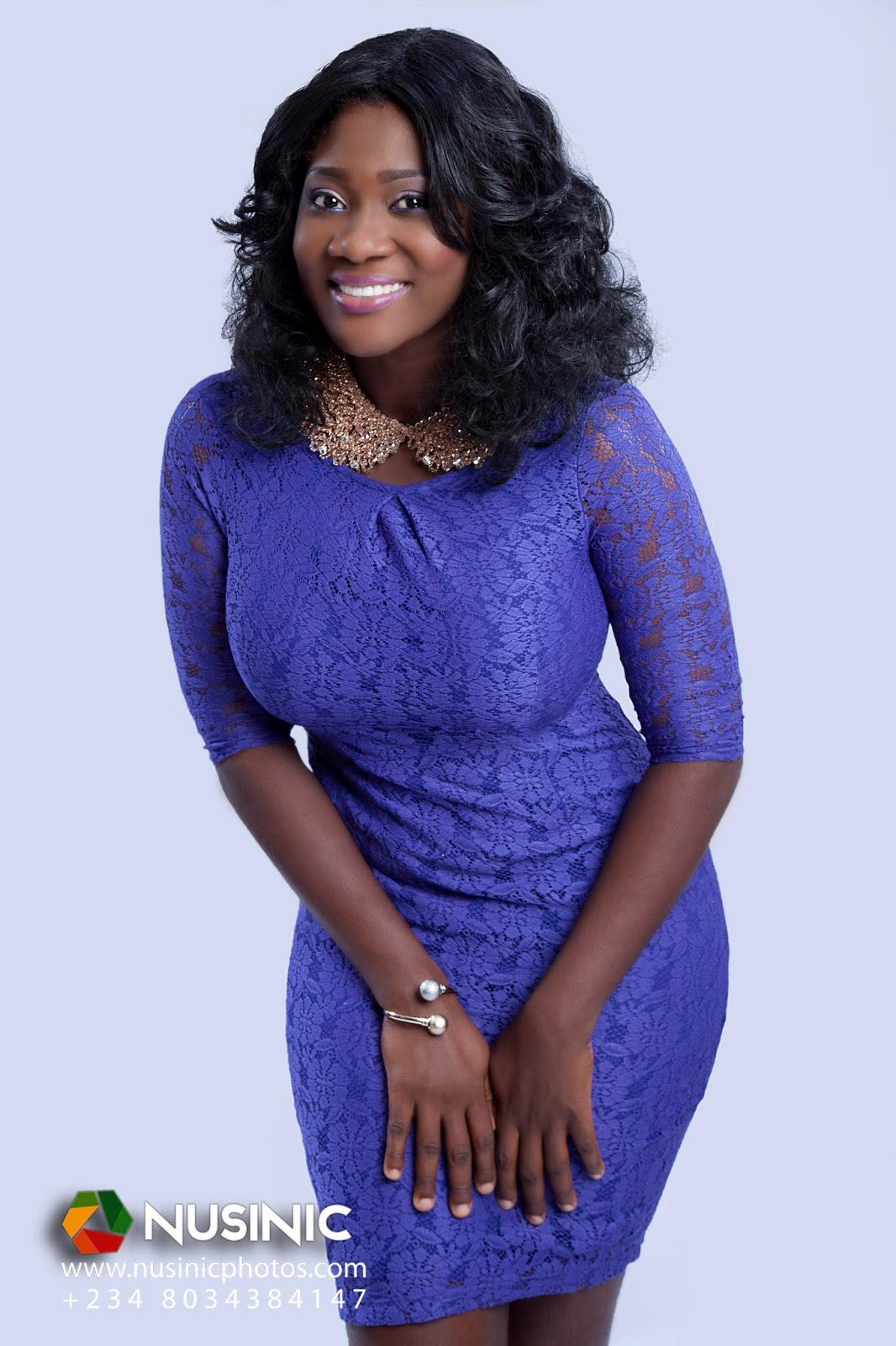 https://www.bellanaija.com/wp-content/uploads/2013/12/Mercy-Johnson-December-2013-BellaNaija-04.jpg