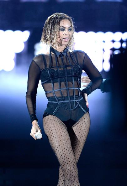 Beyonce & Jay-Z - January 2014 - Grammy Awards - BellaNaija 08