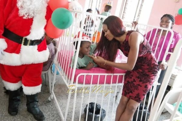 Ezinne Akudo celebrates Holidays at the National Orthopedic Hospital, Lagos - January 2014 - BellaNaija - 029