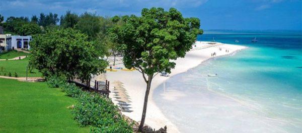 Africholiday Top 5 Holiday Honeymoon Destinations - BellaNaija - February 2014005