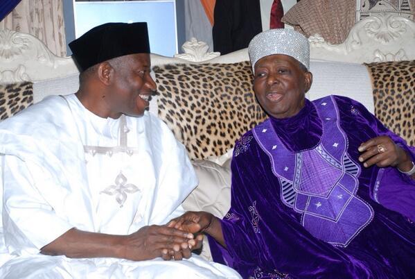President Jonathan in Osun- February 2014 - BellaNaija 03