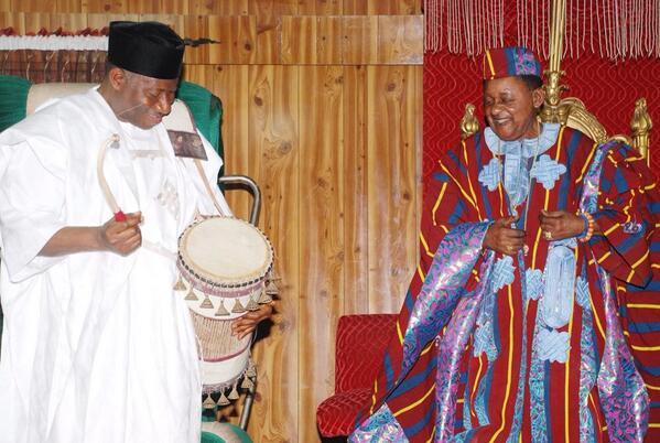 President Jonathan in Oyo - February 2014 - BellaNaija 02