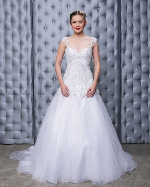 Veluz-Bride RTW-2014-BellaNaija-Weddings-Rebecca_web-600x750