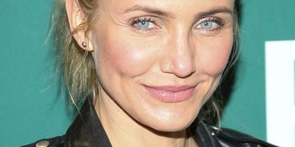"Cameron Diaz Signs Copies Of Her Book ""The Body Book"""