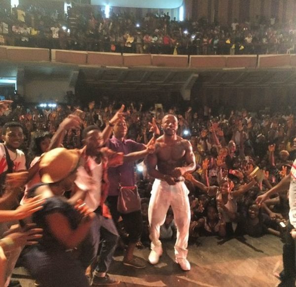 Iyanya in UNILAG - May 2014 - BellaNaija.com 01