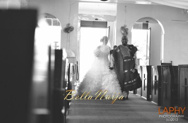 Lawunmi & Oluwatoyin   Yoruba Nigerian Wedding   Laphy Photography   BellaNaija 019