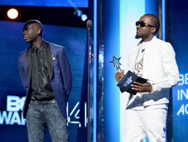 BET AWARDS '14 - INTERNATIONAL BET AWARD PRESENTATIONS : Best International Act: Africa; Best International Act: UK