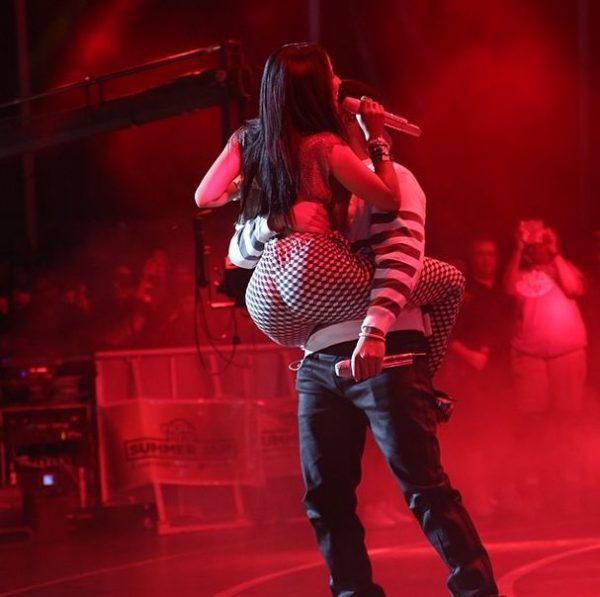 Nicki Minaj & Drake Get Risque On Stage