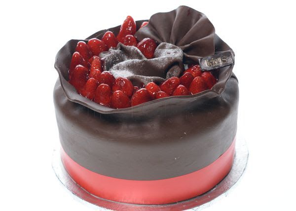 Licious Desserts - BellaNaija - July2014027