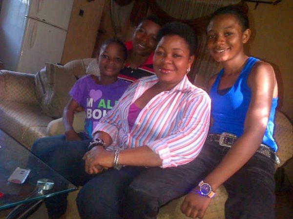 Omotunde Ogundinum & Kids