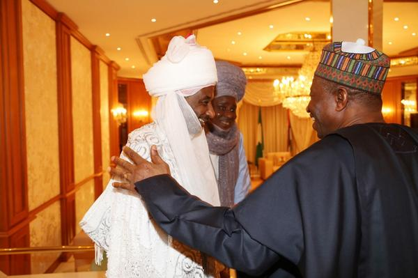 Emir of Kano Sanusi And Pres. Jonathan Settle Differences, Break Ramadan Fast Together