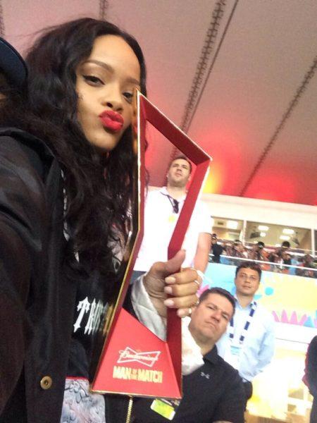 Rihanna World Cup9