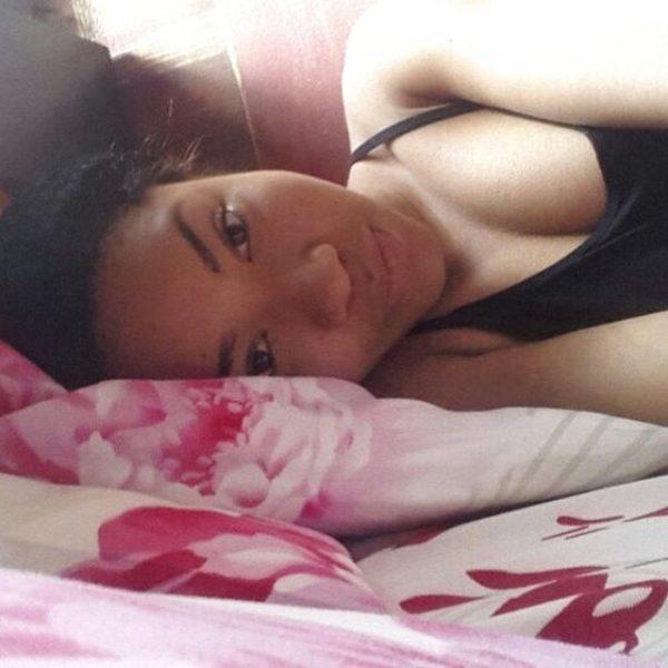 I swear she woke up like this #hairnet #nightwear #crusties #kurooooooo #qualitybanner