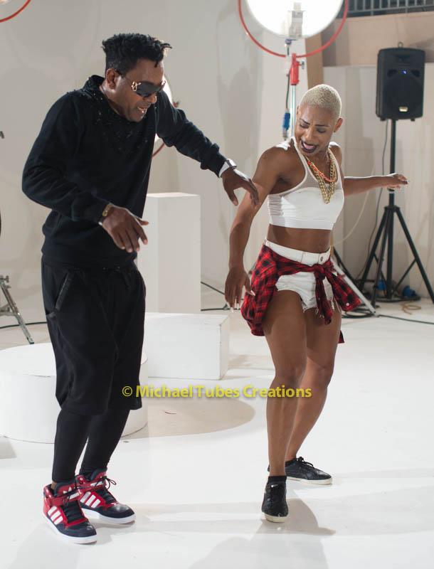 Awilo longomba music video