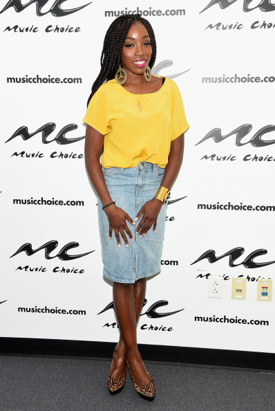 Estelle rocks the Box Braids trend as she promotes new video