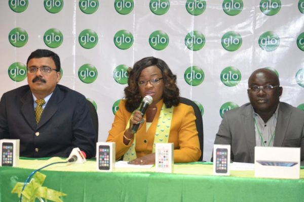 Glo Stores beign Sales of Apple Products - BellaNaija - August2014002