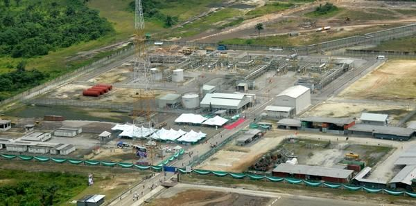 Jonathan commissions Gas Plant - August - 2014 - BellaNaija006
