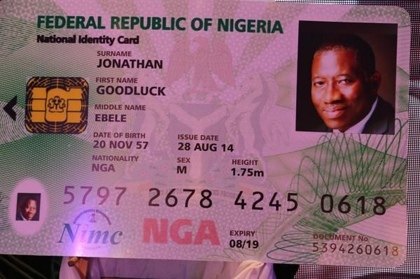 Jonathan unveils E-ID Card- August - 2014 - BellaNaija001