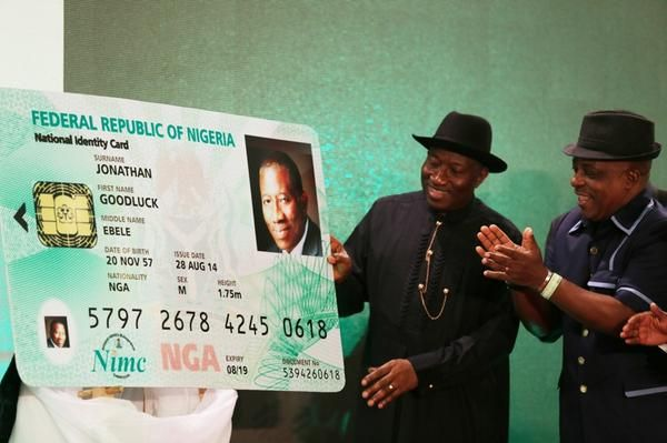 Jonathan unveils E-ID Card- August - 2014 - BellaNaija004