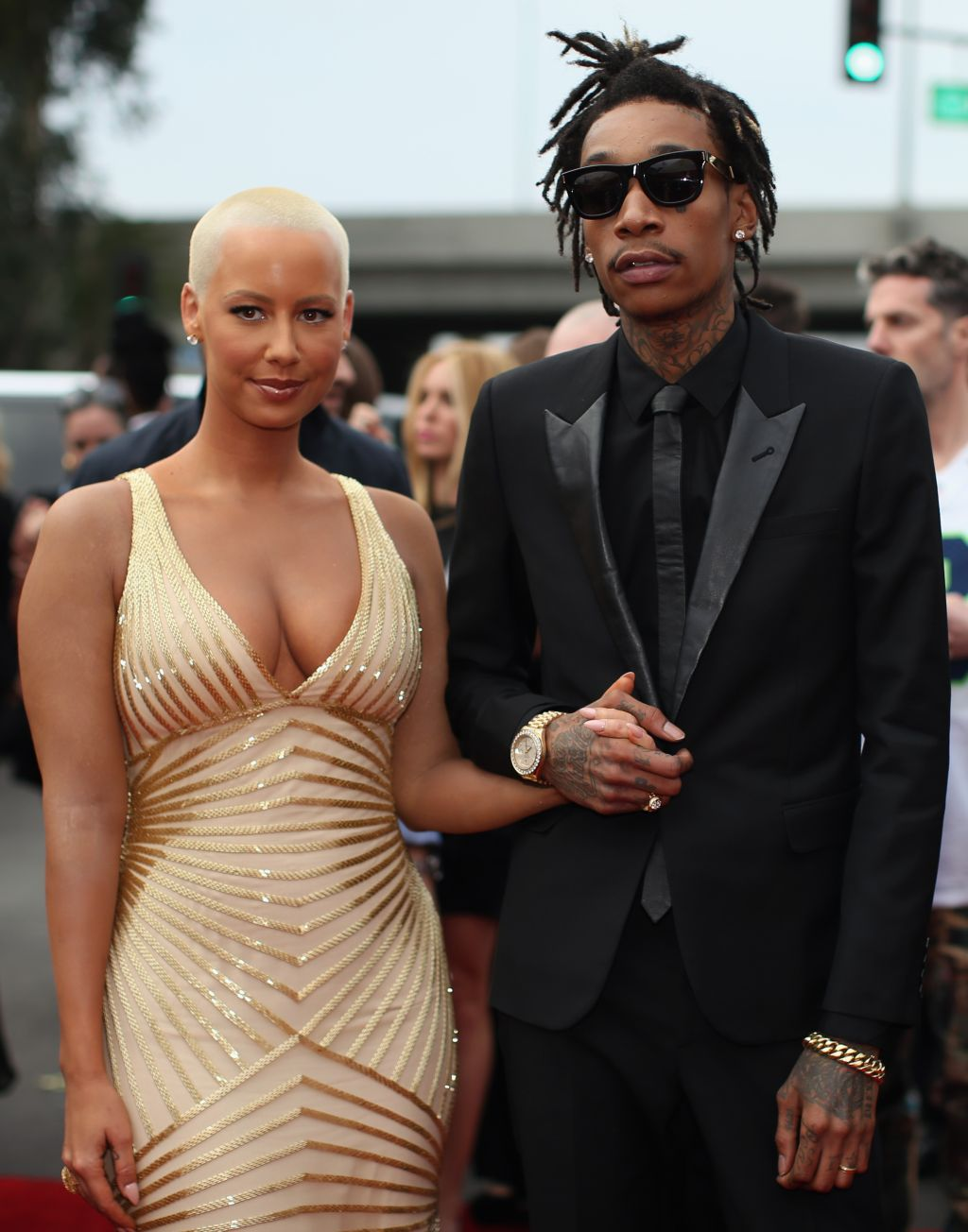 Wiz khalifa comes for amber rose in a new song says i fell in love 56th grammy awards red carpet m4hsunfo
