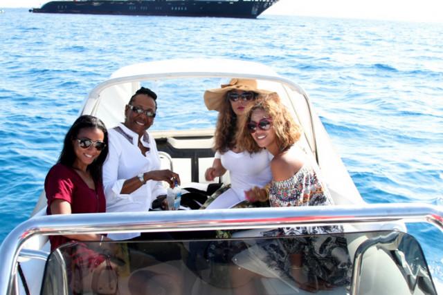 Beyonce B-Day Photos - 013