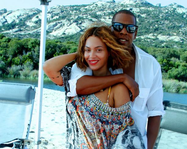 Beyonce B-Day Photos - 06