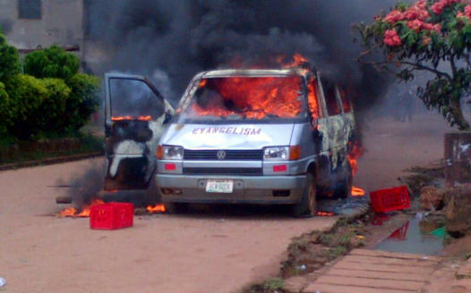 Church-vehicle-set-ablaze-by-angry-residents-526x328