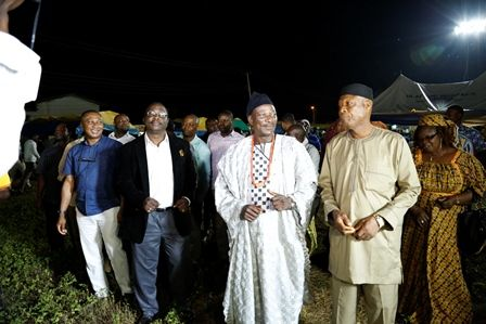 Goldberg Larger at Osun Osogbo Festival - Bellanaija - September2014001 (10)