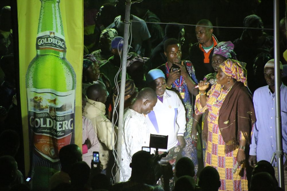 Goldberg Larger at Osun Osogbo Festival - Bellanaija - September2014001 (3)