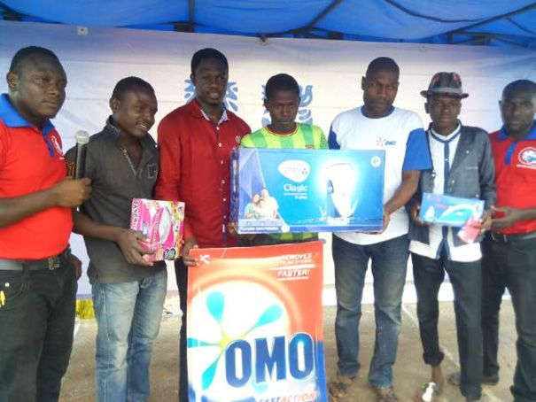 Ali Nuhu (3rd Left) awarding lucky winners in Kebbi State