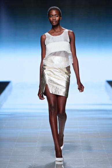 Elle-Rising-Star-Winner-MBFWAfrica-October2014-BellaNaija002