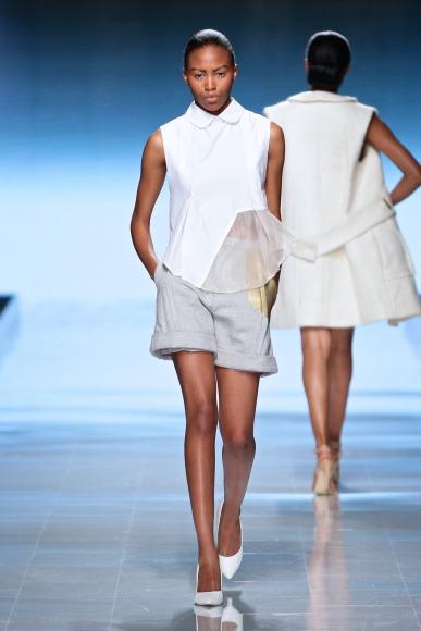 Elle-Rising-Star-Winner-MBFWAfrica-October2014-BellaNaija011