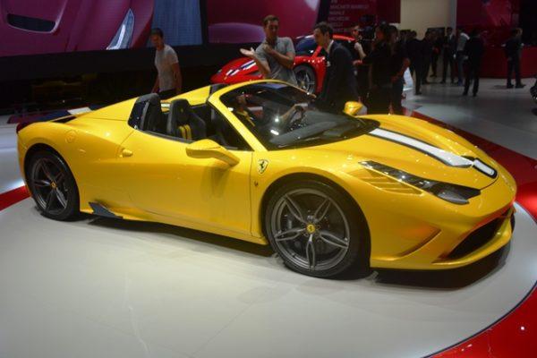 Ferrari 458 Speciale A (1)