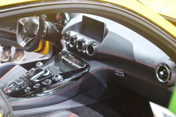 Mercedes-Benz AMG GT  (4)