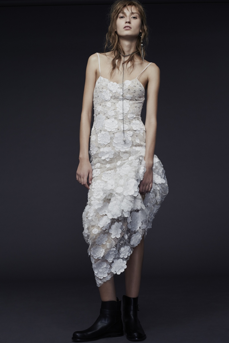 Vera-Wang_Fall-2015-Bridal_Look-17.BellaNaija
