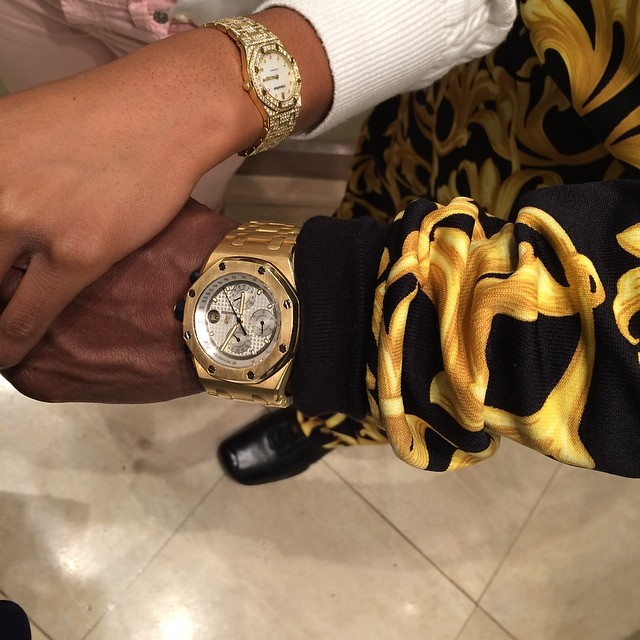 his & hers AP , one for me one for my daddy . @floydmayweather