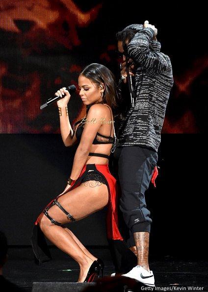 2014-American-Music-Awards-Performance-November-2014-BellaNaija002