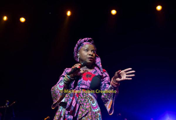 Angélique Kidjo-8