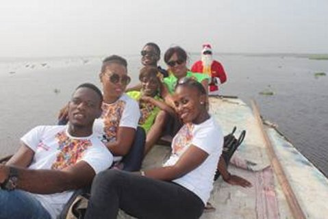 Ali-Baba-Slum2School-Charity-Tour-December-2014-BellaNaija004