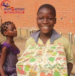 Ali-Baba-Slum2School-Charity-Tour-December-2014-BellaNaija005