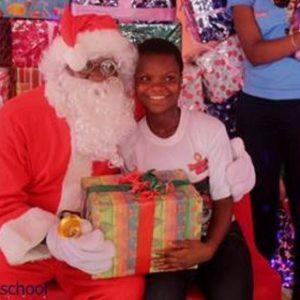 Ali-Baba-Slum2School-Charity-Tour-December-2014-BellaNaija008