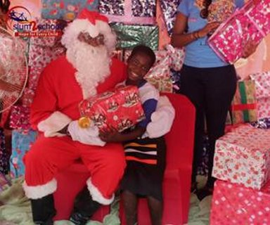 Ali-Baba-Slum2School-Charity-Tour-December-2014-BellaNaija009