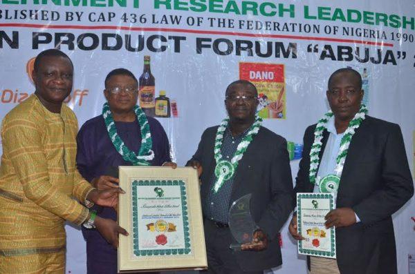 Alomo Bitters bags Medicinal Herbal Drink Award for Year 2014 - BellaNaija - December 2014