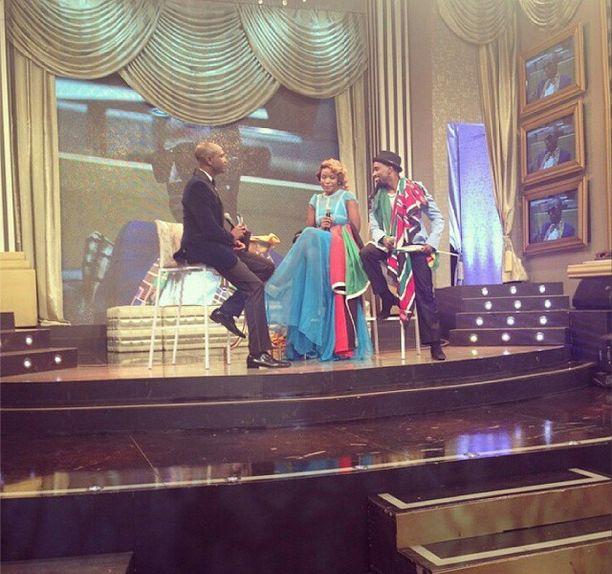 Ik talking to Sipe & JJ on stage
