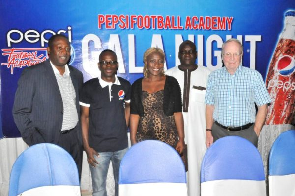 Technical Director, Nigeria Football Federation (NFF), Shuaibu  Amodu (1st Left); Brand Manager, Seven-Up Bottling Company(2nd Left); Consultant to Pepsi Football Academy, Mr. Iain Nelson (1st Right), Ms Pepsie Adikwu, Ex- international,  Dahiru Sadi during the Pepsi Football Academy's  Gala Night in Lagos at the weekend