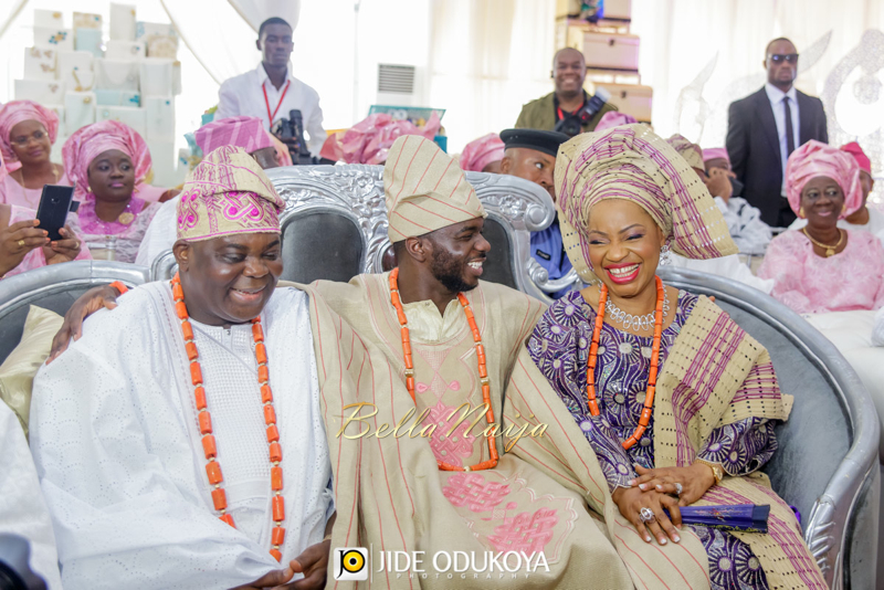 Kemi & Seun | Jide Odukoya Photography | Yoruba Lagos Nigerian Wedding | BellaNaija January 2015 | 20141108-Kemi-and-Seun-trad-Wedding-Pictures-10684
