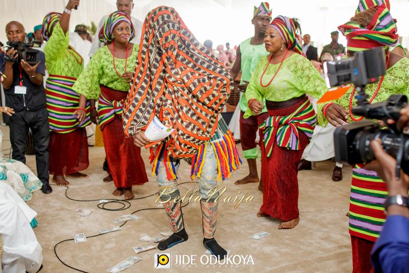 Kemi & Seun | Jide Odukoya Photography | Yoruba Lagos Nigerian Wedding | BellaNaija January 2015 | 20141108-Kemi-and-Seun-trad-Wedding-Pictures-10818