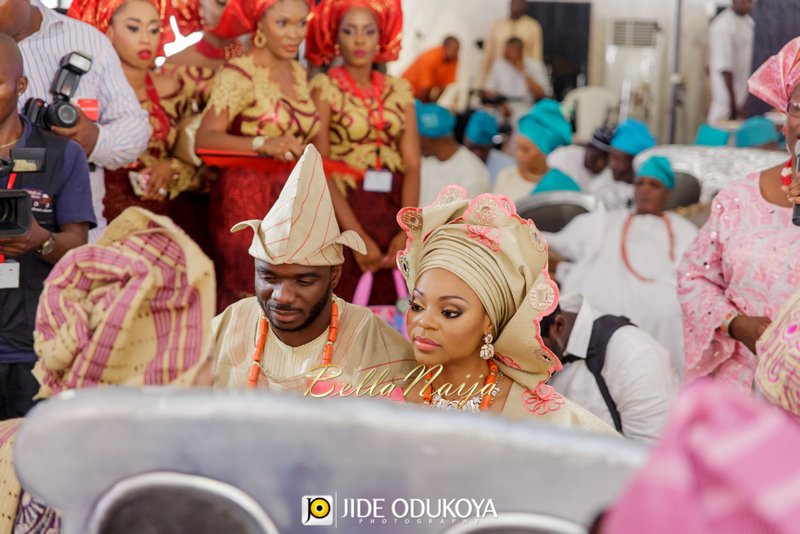 Kemi & Seun | Jide Odukoya Photography | Yoruba Lagos Nigerian Wedding | BellaNaija January 2015 | 20141108-Kemi-and-Seun-trad-Wedding-Pictures-10944