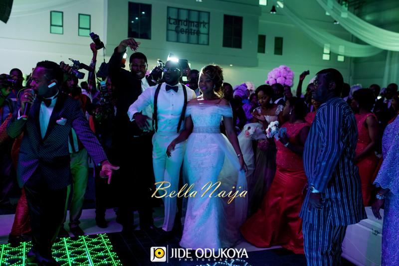 Kemi & Seun | Jide Odukoya Photography | Yoruba Lagos Nigerian Wedding | BellaNaija January 2015 | 20141115-Kemi-and-Seun-White-Wedding-Pics-10702