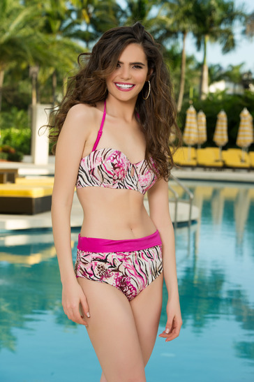 Miss Egypt - Lara Debbane